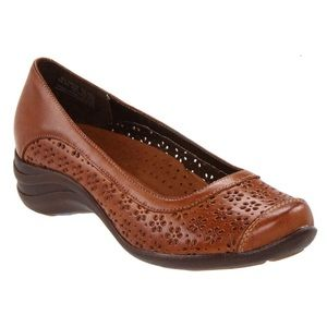 Women's Hush Puppies Effy Perforated Leather Flats
